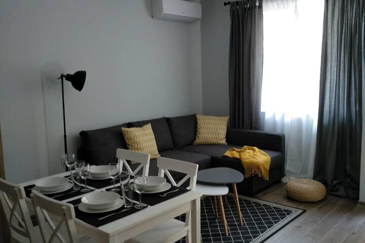 Eva's apartment