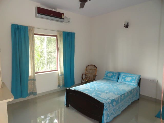 Cherai/Kuzhupilly Zugvogel Beach House - Kerala - Bed & Breakfast