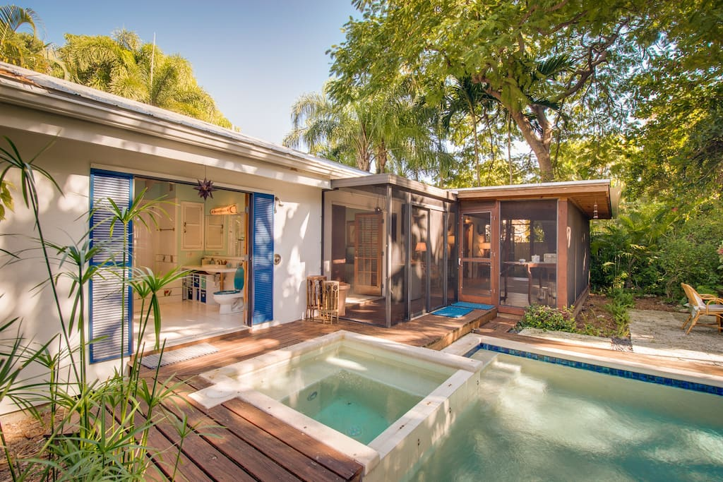 """The outdoor heated spa has therapeutic body jets and is the perfect way to enjoy the water even on those rare cooler days in the Key West """"winter""""."""