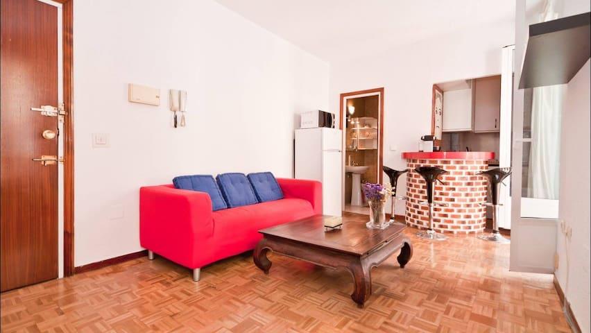 Cosy flat in Chueca !