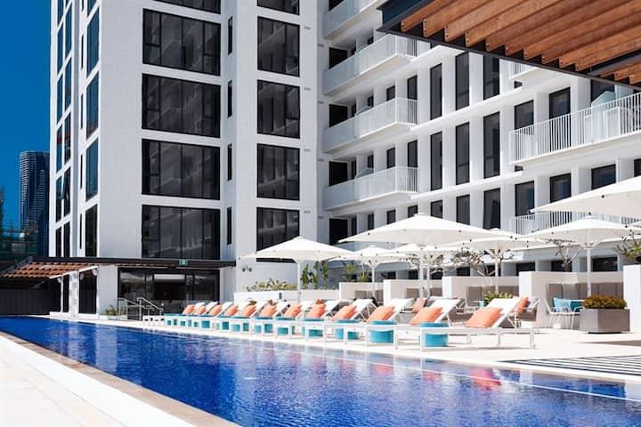Central Brisbane - 2beds service apt+big balcony