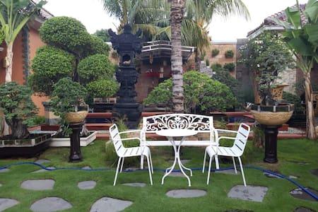 Mataram oasis (Villa Kampoeng 8)