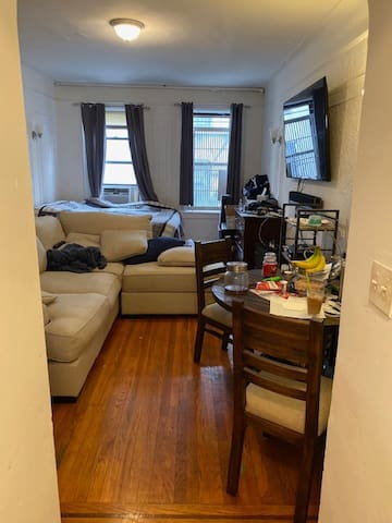 Immaculate Gorgeous Studio in Prime Astoria/LIC