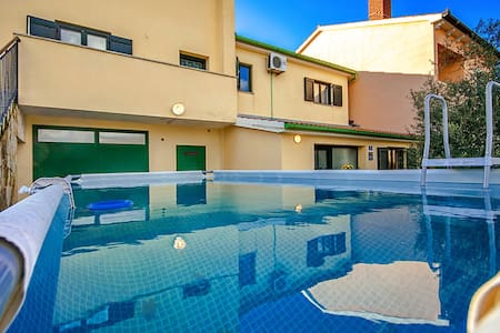 Casa Otava with prefabricated pool - Apartemen