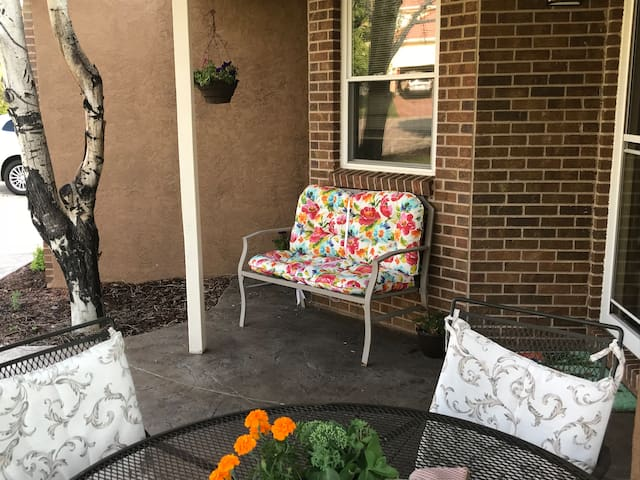 Enjoy obtains from seating on front porch