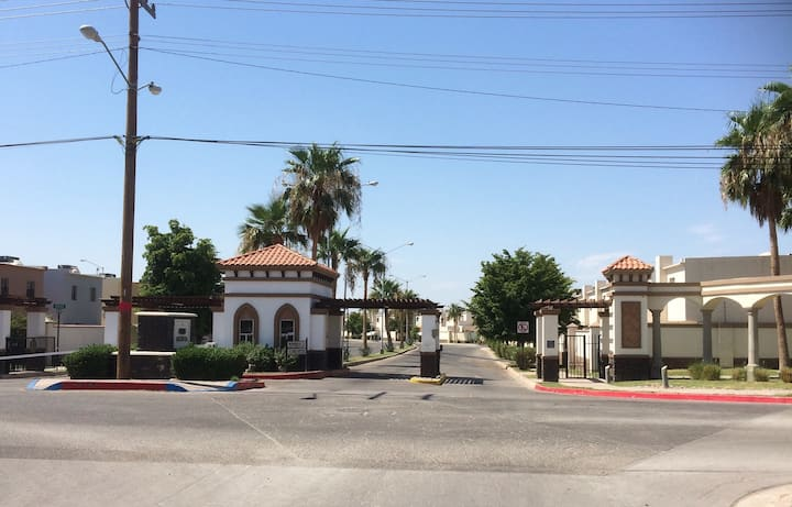 Casa Yza ll la mejor zona de Mexicali  zona dorada