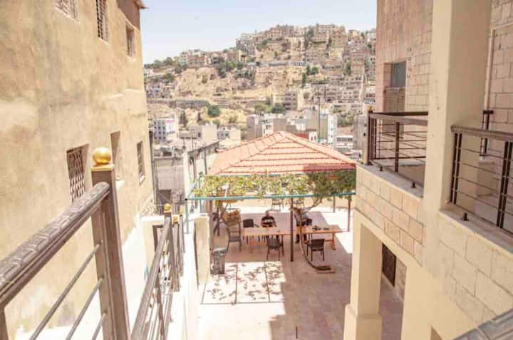 Villa Mira Apt📍Amman Center PANORAMIC Terrace View