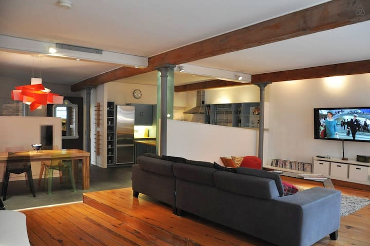 Luxury Deansgate 2 Bed Loft Apartment FREE Parking