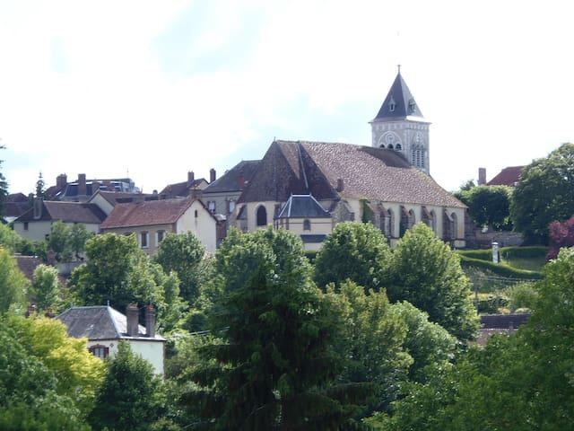 Village de Saint-Aubin-Chateau-Neuf