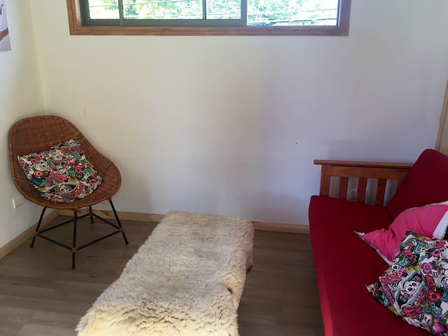 sofa cama en el living