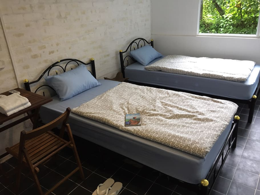 When Is The Best Time To Rent A Hostel Bed