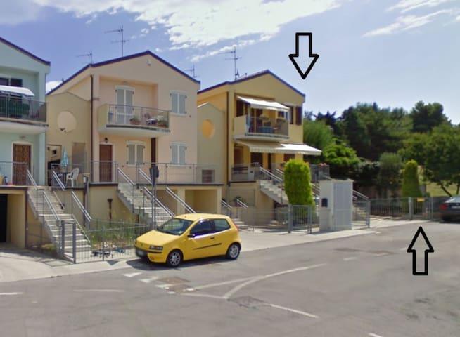 Villetta 75 mq. sulla collina sopra Porto Recanati - Province of Ancona - Villa