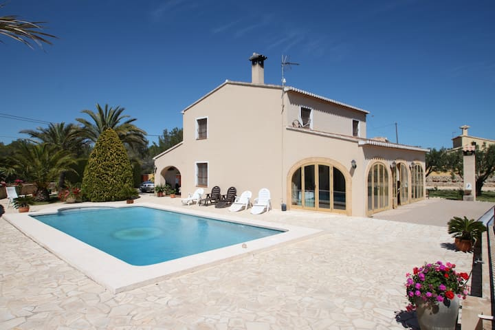 Finca Cantares - large private pool in Calpe - Benissa