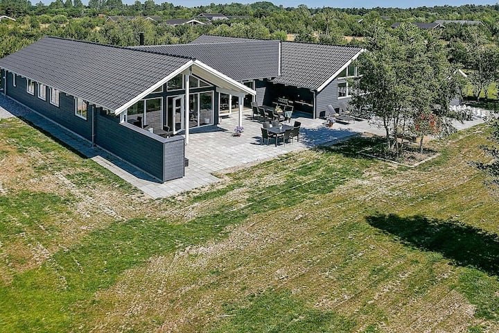 Luxury Holiday Home in Falster near Sea
