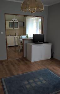 Studio nad morzem w atrakcyjnej cenie - Darłowo - Apartamento