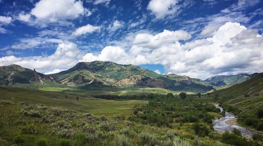Leo's West Elk Ranch