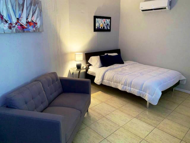 CITY SUITES, LUXURY & COMFORT close to EVERYTHING!