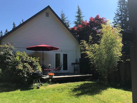 Cozy & Private - Garden Studio, Separate Entrance