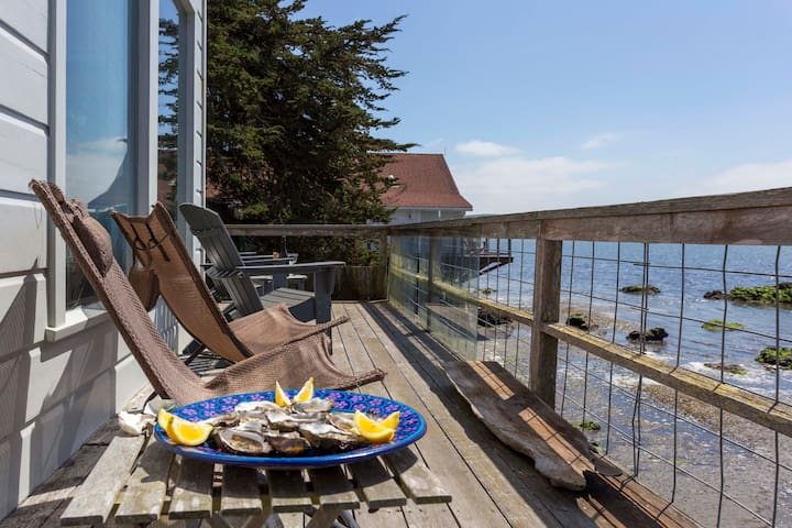 Enjoy Sunsets from your deck with local oysters