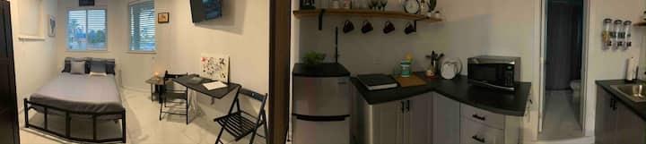 Studio apartment in South Florida near Key Largo .