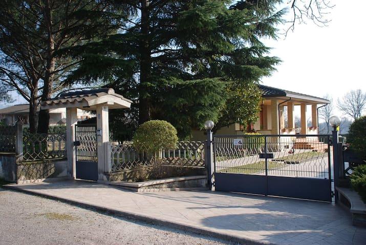 """Villetta """"Madonna della Stella"""""""
