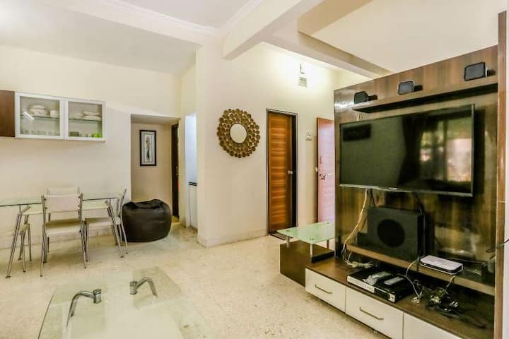 Comfortable stay in 3bhk bunglow with garden