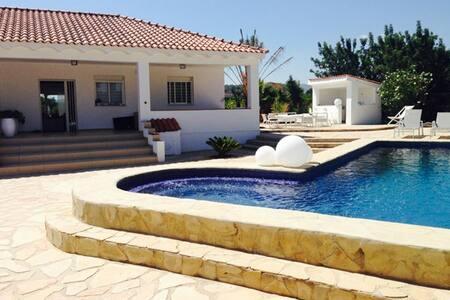 Villa Mariguel - Casa