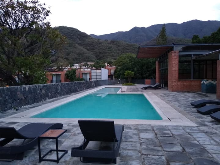 Sierra Viva Relaxing house, Shared pool, Mtn View