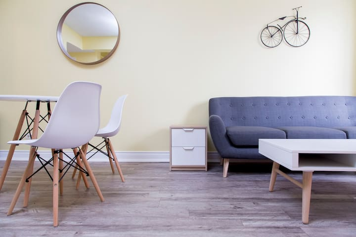 "The ""Bicycle"" Suite - Монреаль - Квартира"
