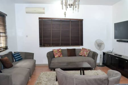 BEAUTIFUL 4 BEDROOM DUPLEX IN IKEJA GRA