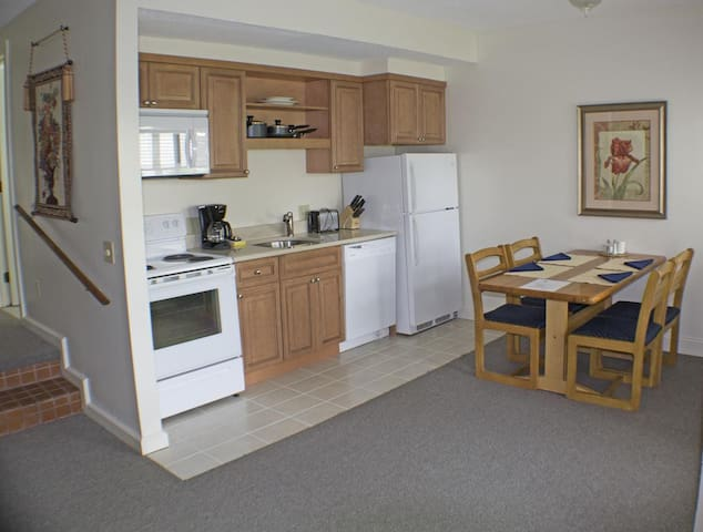 Last min condo avail one week only 12/14-21 $ 400