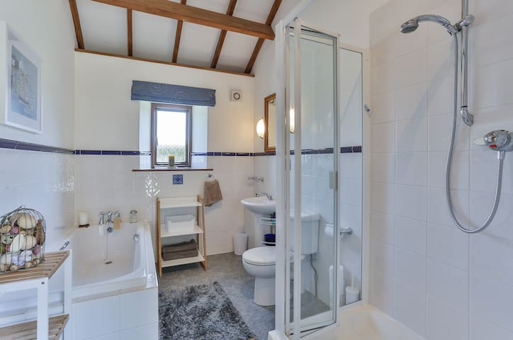 Family Bathroom with Large Tub