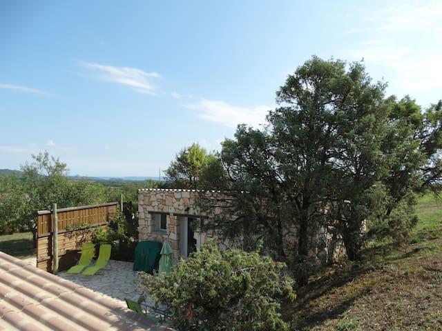 Maisonnette en pierres - Saint-Remèze - Casa