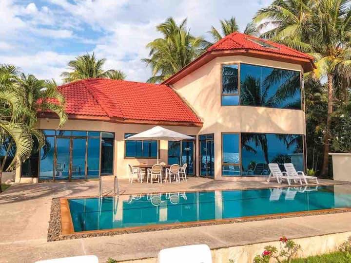 YIU Villas Luxry