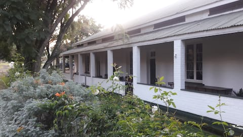 The Conductor's Cottage, escape to Waterval Onder