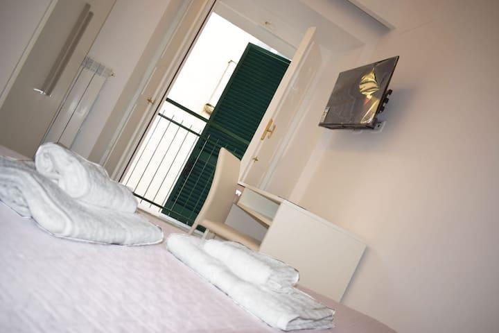 Il Borgo - Room2