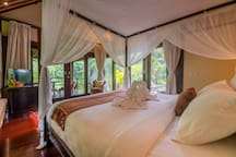 Kris, Airbnb On-Line Guest Review:  In one word: WOW! I have had a fantastic, amazing, more than words can say time at the river villa.....Unbelievable that Ubud center is only minutes (drive) away!