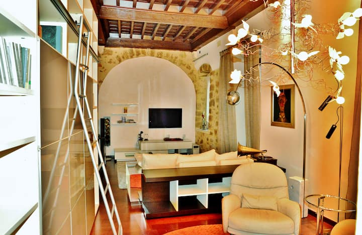 Un piso señorial en el casco antiguo de Girona.