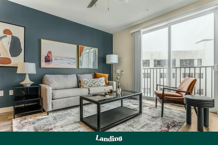 Landing | Modern Apartment with Amazing Amenities (ID2093)
