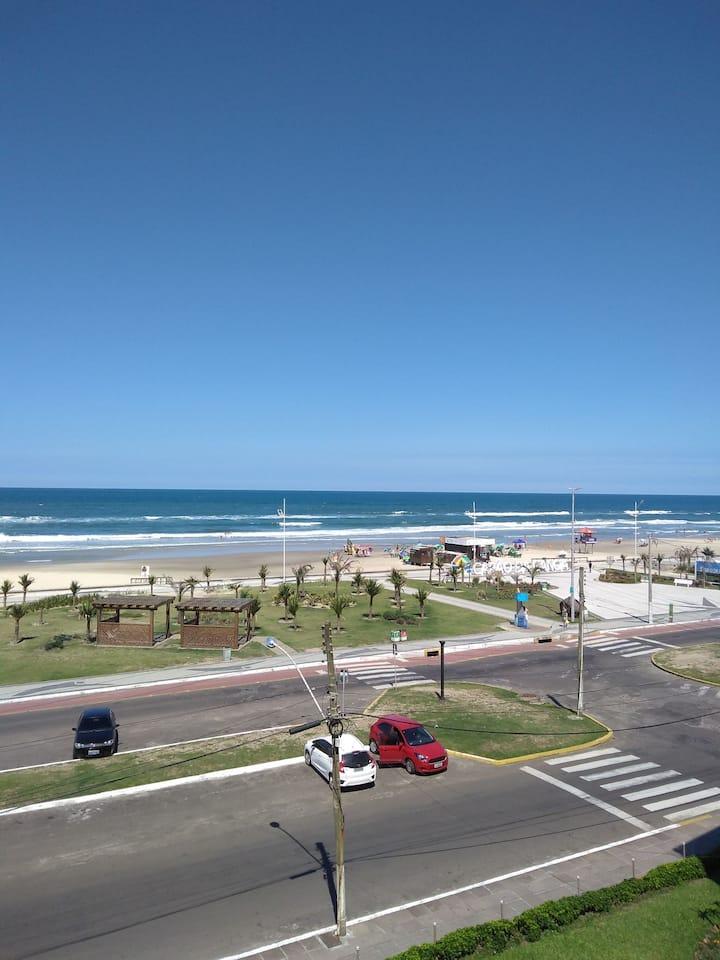Beira Mar 211 Apto 1 dormitório com linda vista
