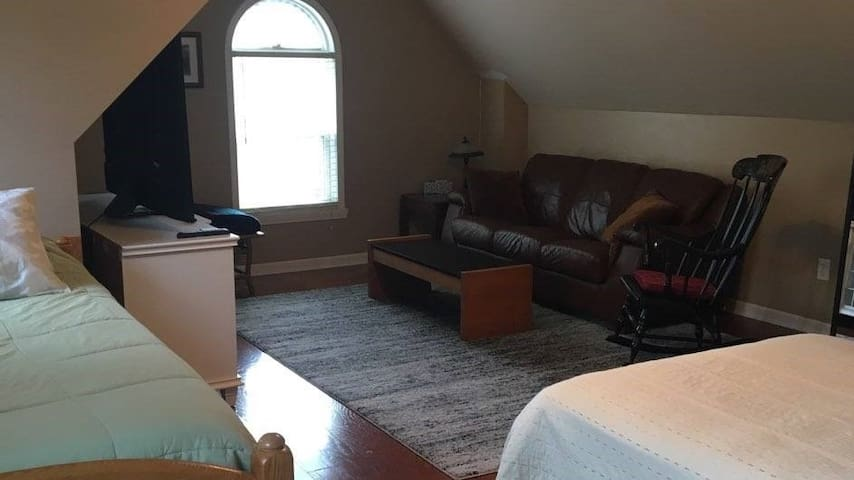 Clean Quiet Country Apartment Fully Furnished