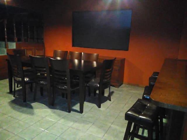 RESIDENCIA VACACIONAL $750 USA  MINIMO 3 NOCHES - El Sauzal - Dům