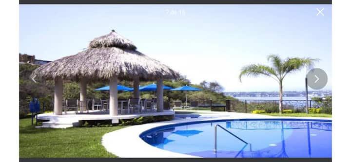 Exclusivo Departamento en Teques con vista al Lago