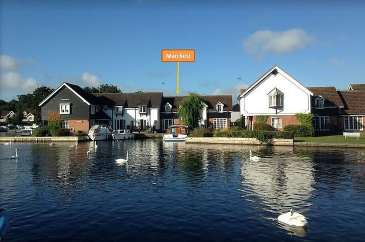 Marchesi - Riverside cottage on the Norfolk Broads - Wroxham - Huis