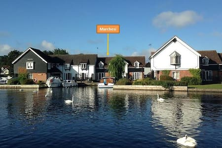 Marchesi - Riverside cottage on the Norfolk Broads - Wroxham - Dom