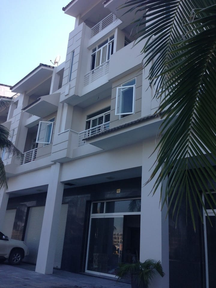 Fantastic two-bedroom villa in Tuan Chau Island
