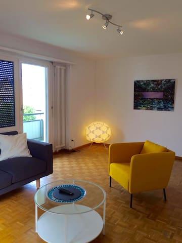 Stylische 3.5 Zimmerwohnung nähe See und City - Küsnacht - Apartemen