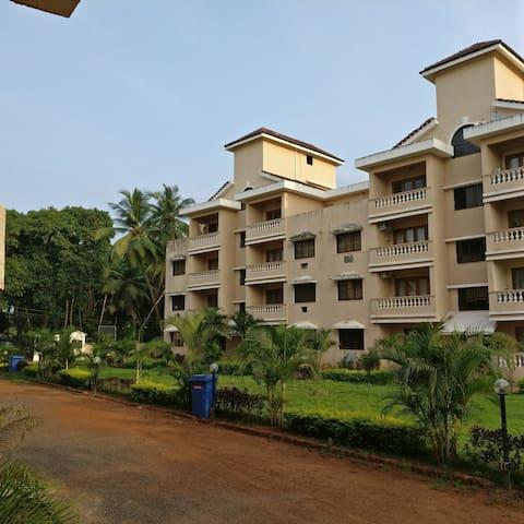 Cosy 2-BR family apartment, Zalor, Carmona, VARCA