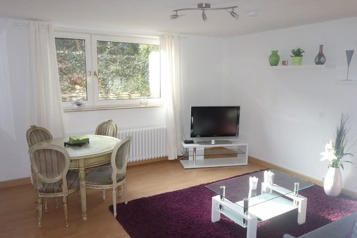Feelgood charm with perfect location! - Münster - Huoneisto