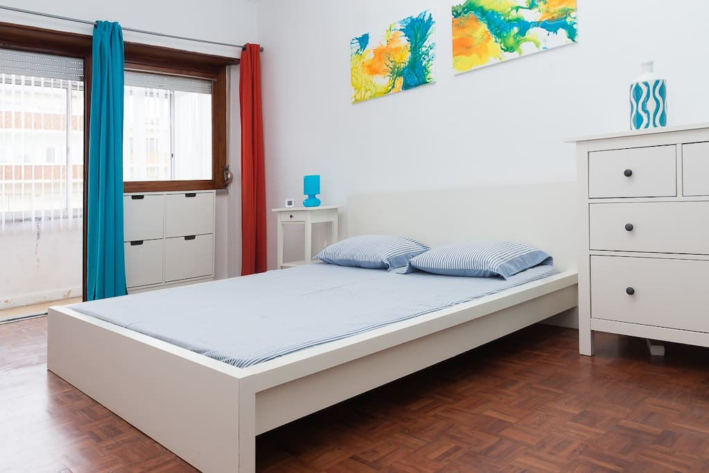 Room 1 - 1 double bed